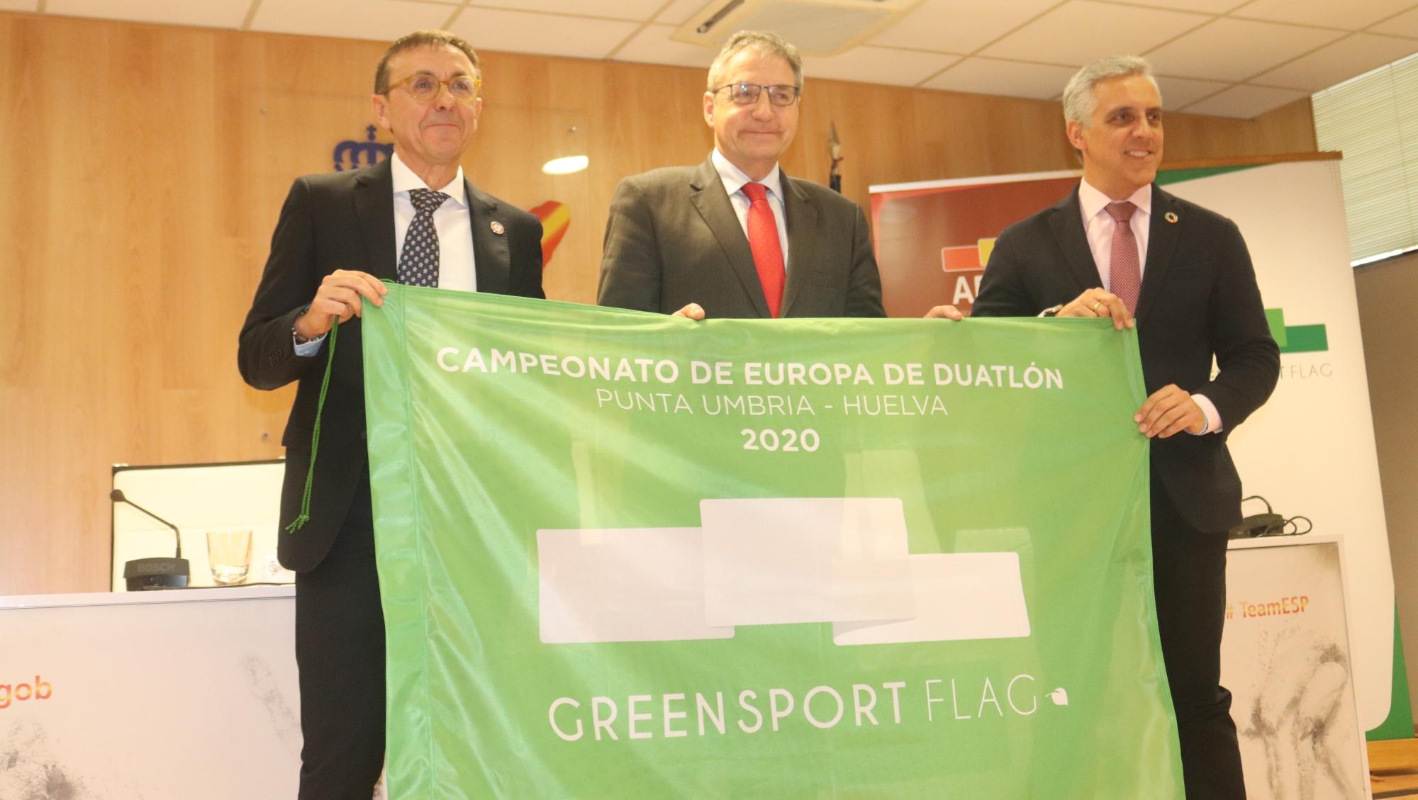 La Bandera Verde del Deporte Español se estrenará en el Campeonato de Europa de Duatlón