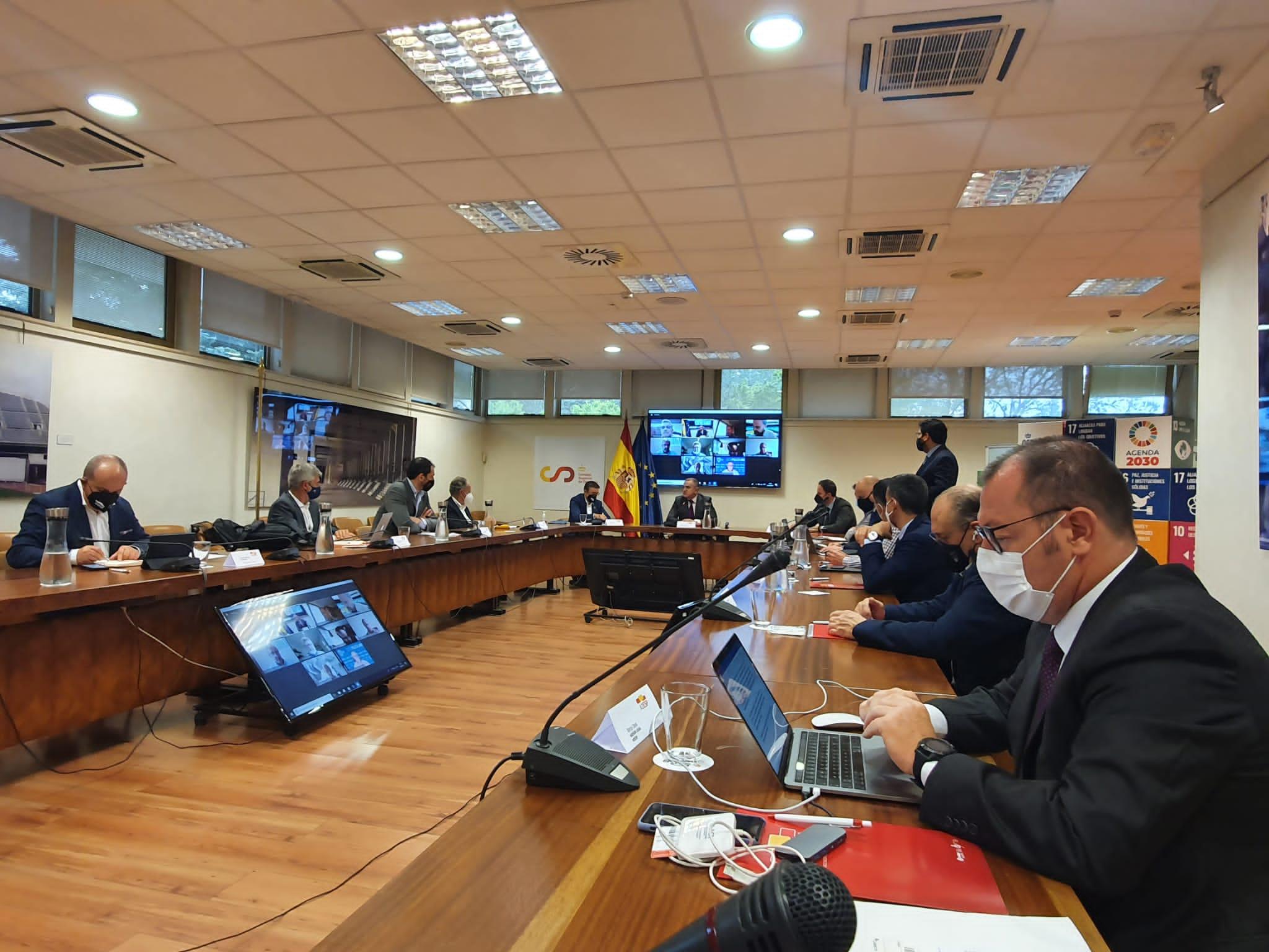 Reunión de la Junta Directiva de ADESP con la asistencia de Jose Manuel Franco, Presidente del CSD