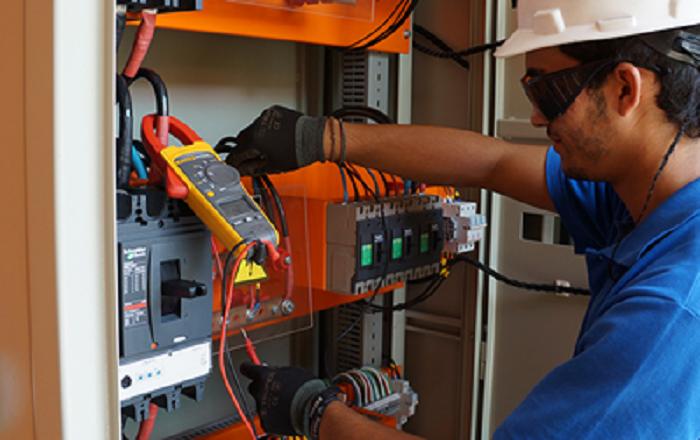 Curso  online de instalaciones eléctricas industriales. 30/03/2021