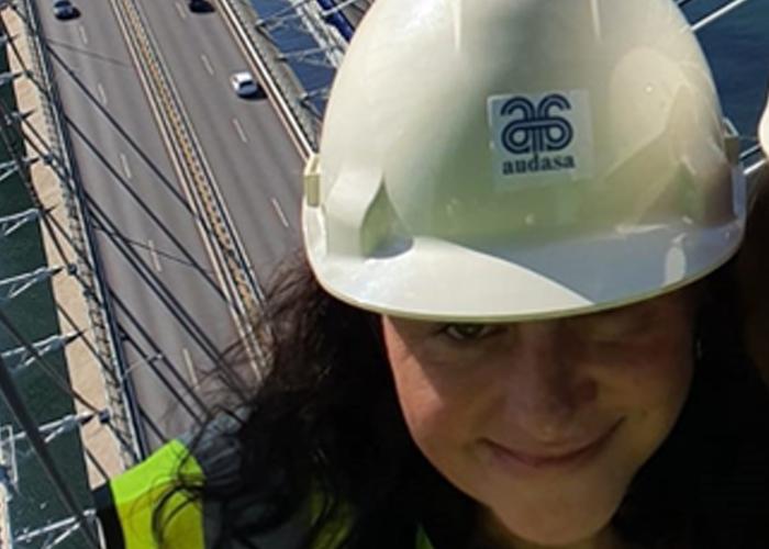 """Paula Froiz, Ingeniera Industrial y delegada de Vigo: """"La Ingeniería Industrial tiene una cantidad de salidas en el ámbito laboral que podríamos decir """"casi infinitas"""", ya que permite desarrollar una carrera multidisciplinar"""""""