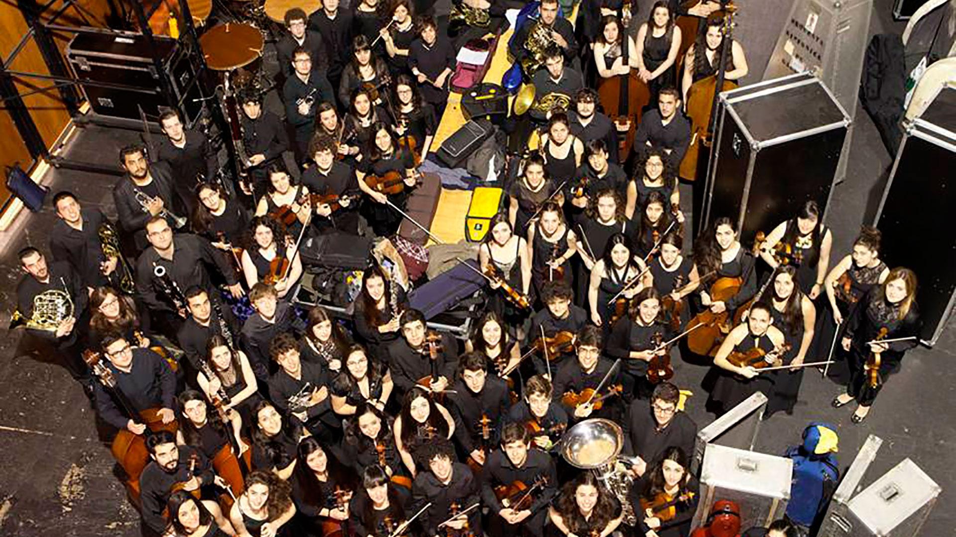 Alberto Zedda dirige la Orquesta Joven de la OSG en los tres conciertos con obras de Brahms, Nielsen y Bruckner con los que culmina su primer encuentro musical de 2016