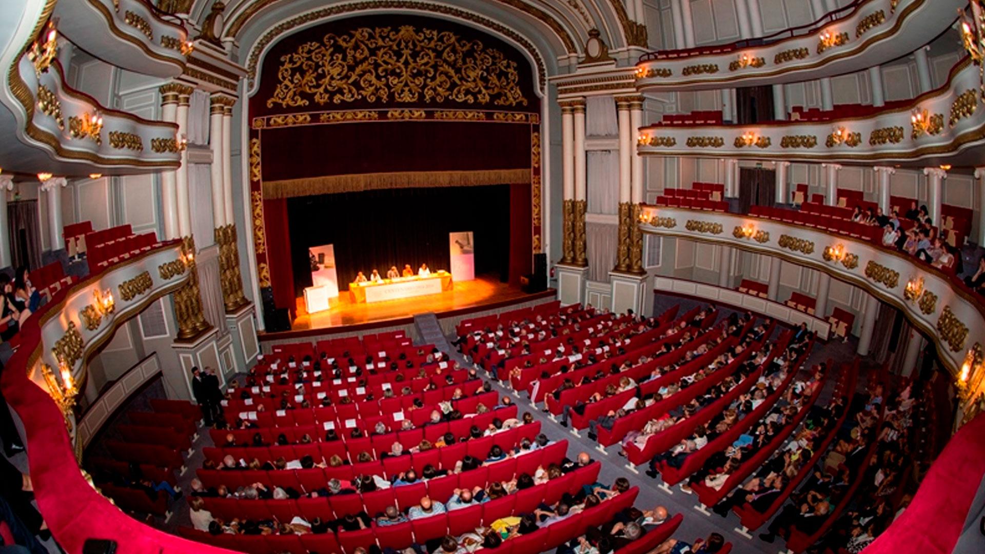 La Sinfónica de Galicia inicia su temporada de conciertos en Vigo con un programa con obras de Haydn, Strauss, Milhaud y Stravinski bajo dirección de Slobodeniouk