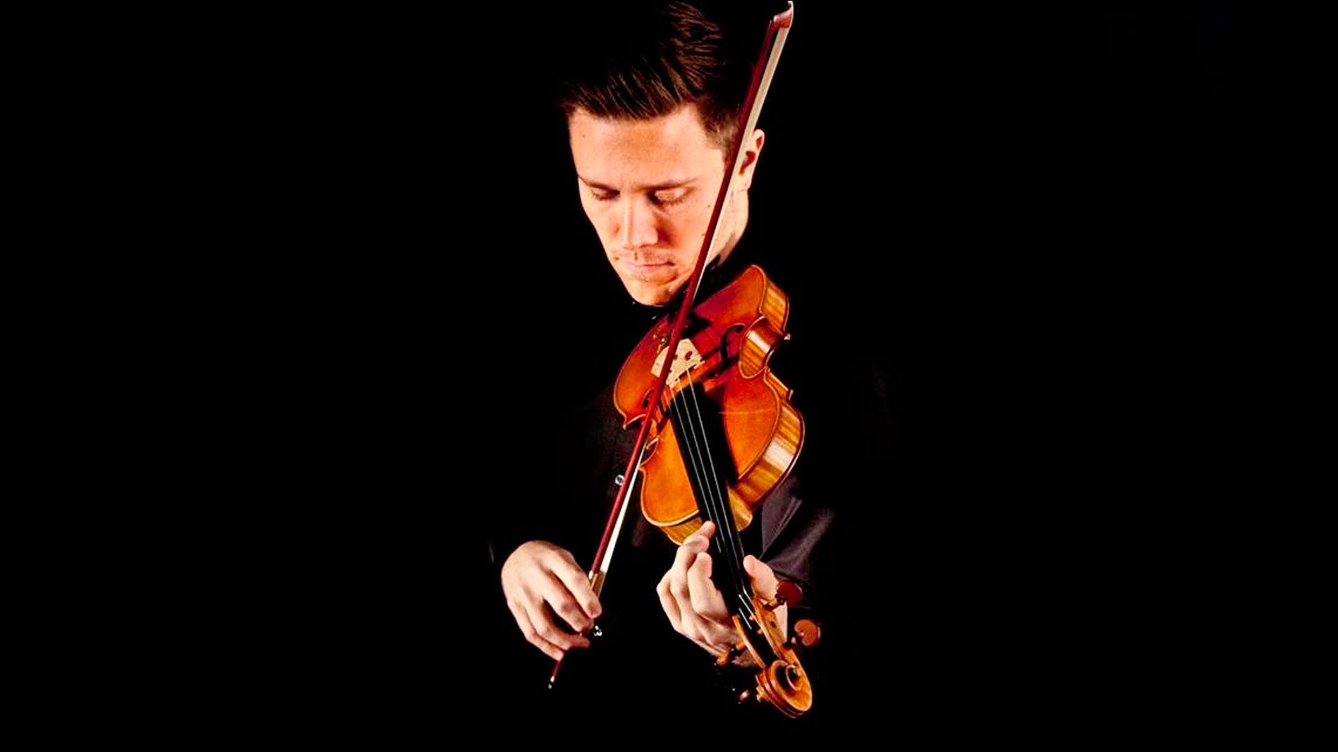 """Roberto González dirige la Orquesta Joven e interpreta como solista el """"Concierto para violín nº 3″ de Mozart"""