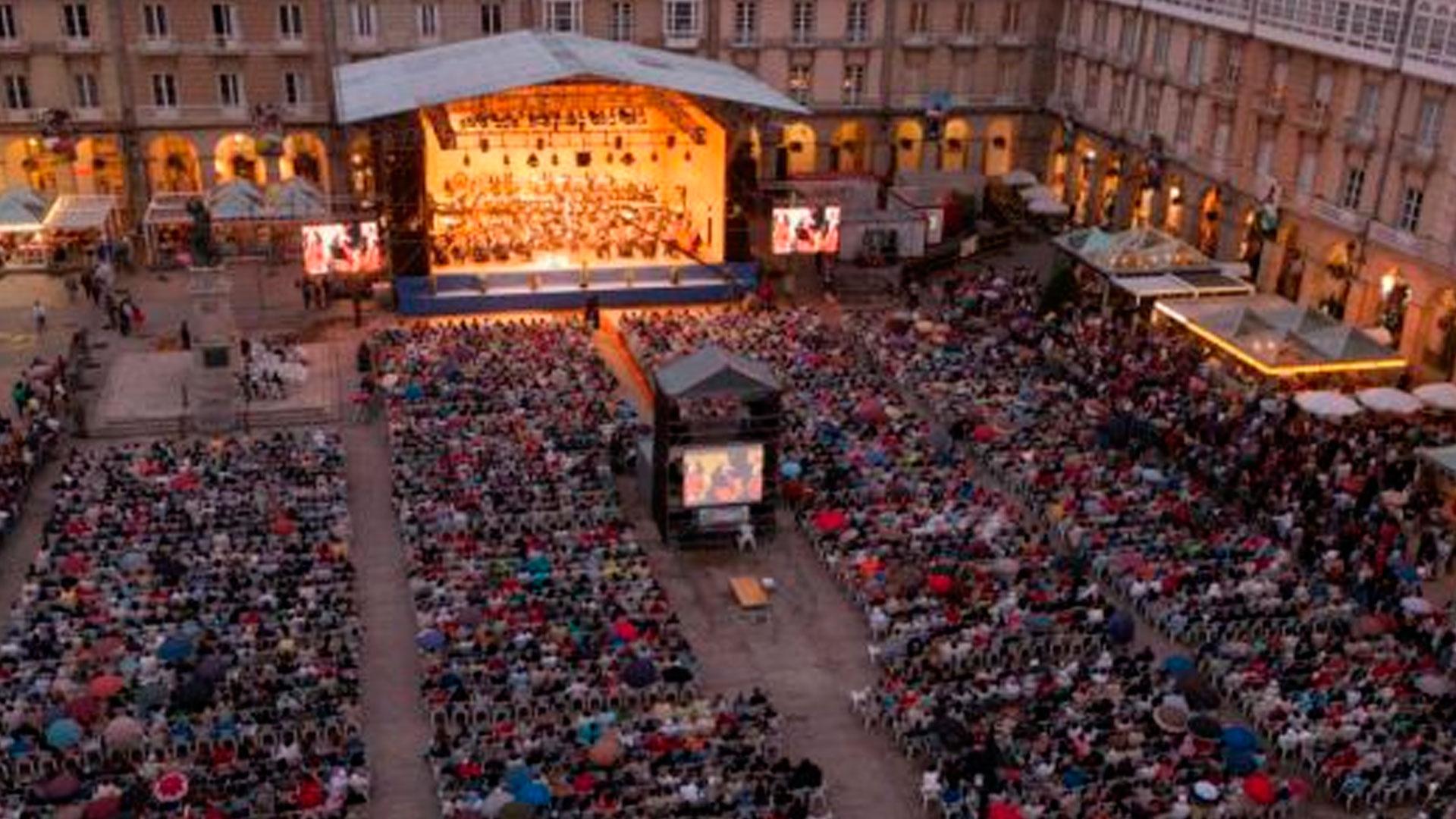La Sinfónica de Galicia inicia en María Pita su nueva temporada de conciertos 13-14