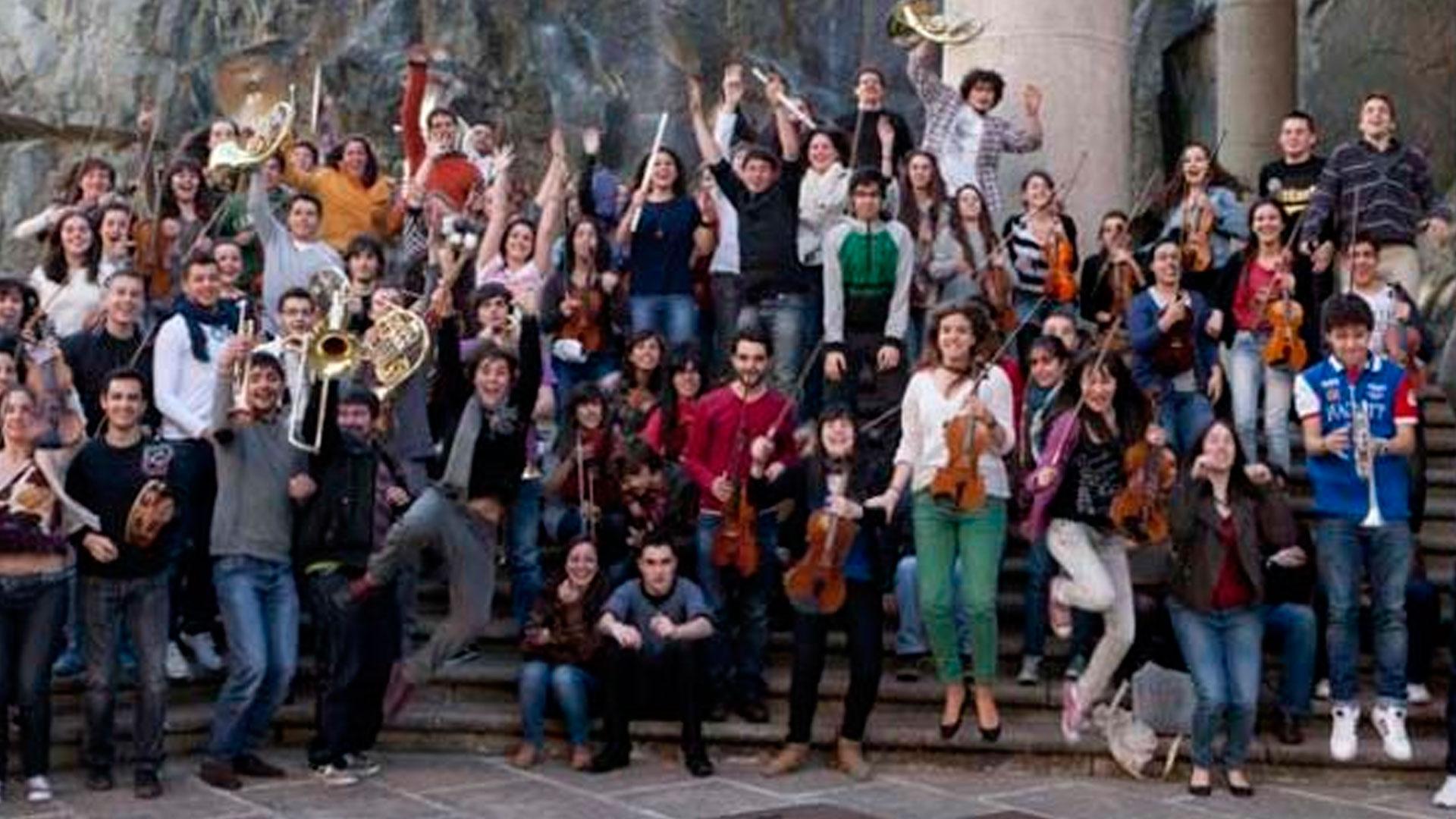 La Orquesta Joven de la OSG culmina su encuentro de marzo con conciertos en Santiago y A Coruña acompañada por la Orquesta de Niños