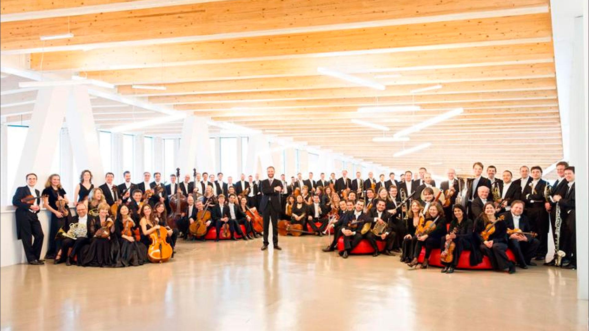 Novacaixagalicia y la Orquesta Sinfónica de Galicia llenarán de música Pontevedra y Vigo en 2013