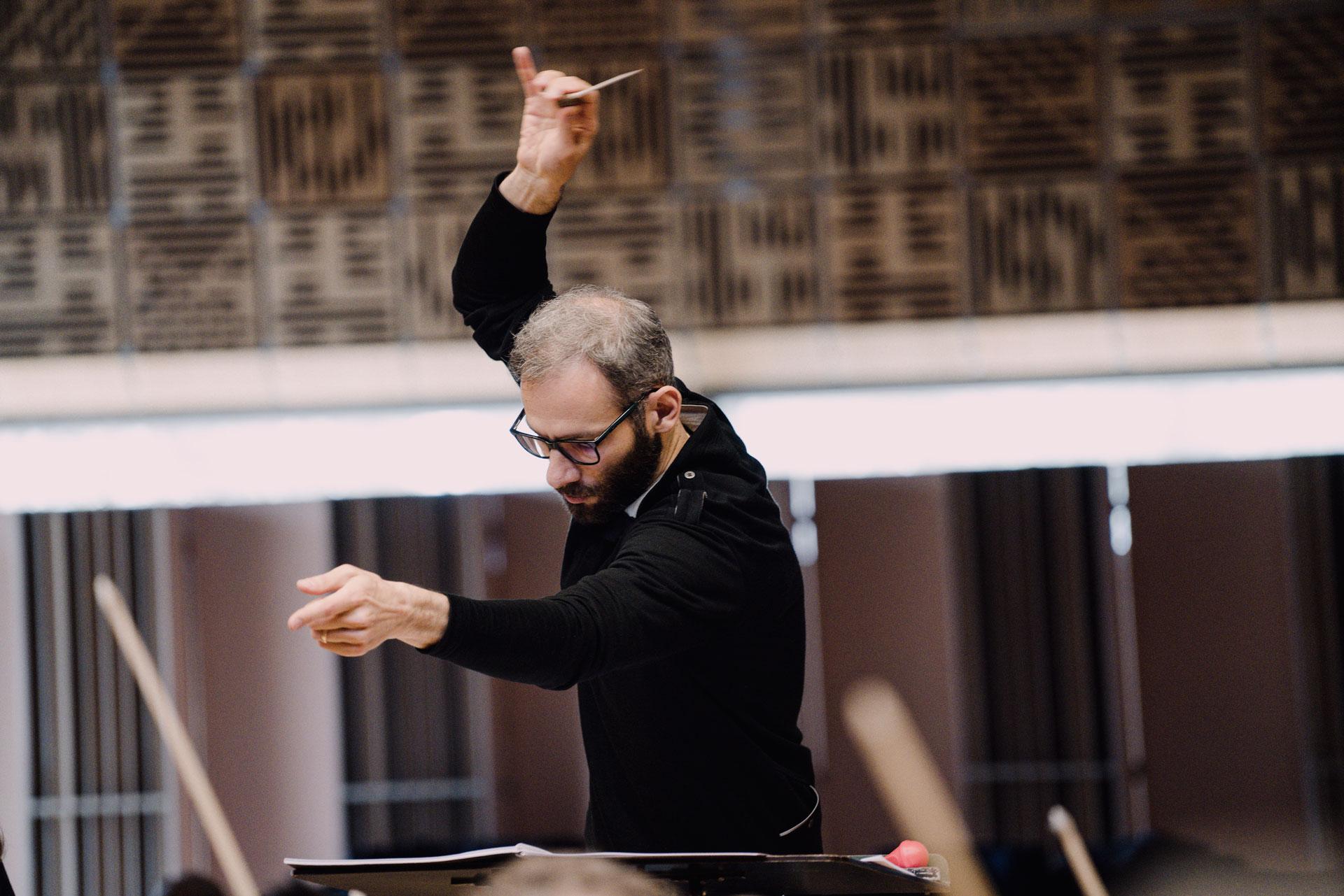 La Sinfónica de Galicia organiza la segunda edición de las clases magistrales de dirección orquestal con su director titular Dima Slobodeniouk