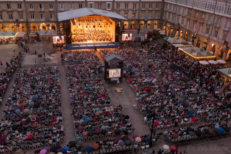 Concello y Xunta homenajean a Piazzolla con un concierto de la OSG